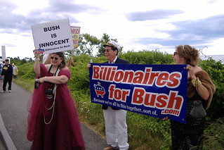 Kennebunkport Impeach Bush Protest July 1, 2007 082 | by Matthew Day