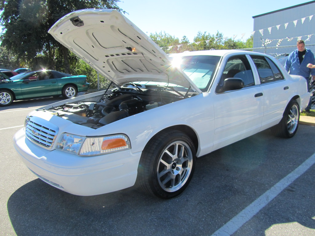 Cop Cars For Sale >> Ford Crown Victoria with SVT wheels | This photo was taken ...