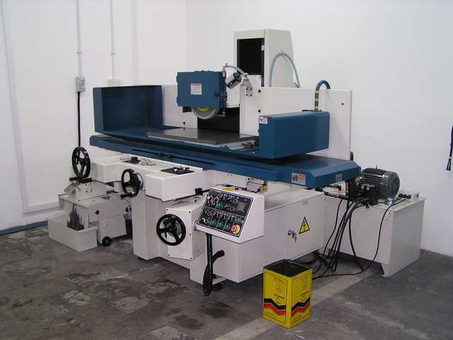 Kent Grinding Machine