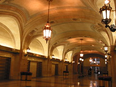 Chicago City Hall, the grand marble hallway, USA | by 衛城 (Willie Chen) 的閱讀建築
