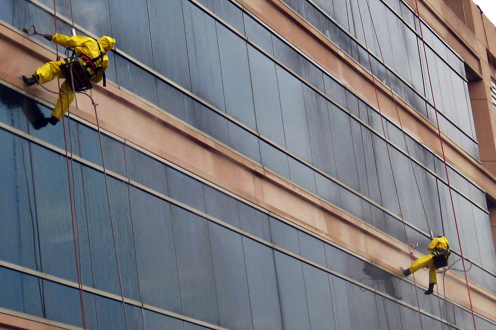 2010 10 20 window-cleaners-IMG 4511 - Window washers ...