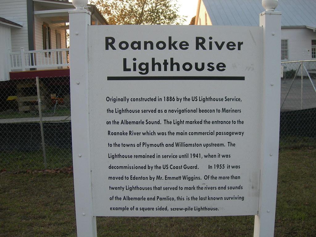 North Carolina >> Roanoke River Lighthouse Sign   Edenton, North Carolina   Flickr
