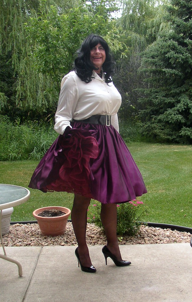 burgundy skirt outside again new burgundy petticoat i. Black Bedroom Furniture Sets. Home Design Ideas