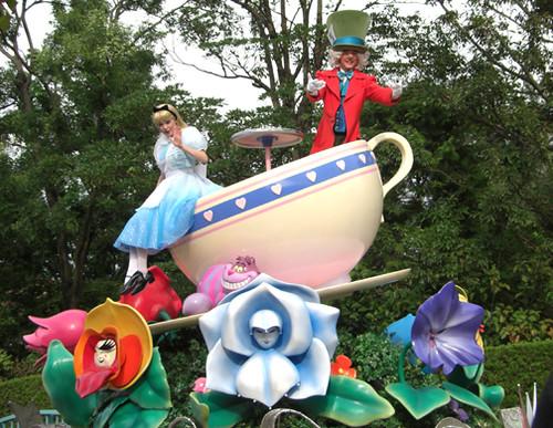 Alice in wonderland mad twatters tea party - 3 5