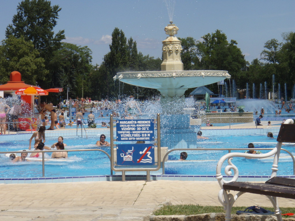 Budapest palatinus water park michael flickr for Margaret island budapest swimming pool