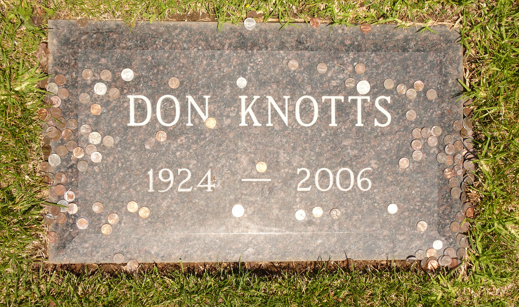 Don Knotts Grave At Pierce Brothers Westwood Village Flickr