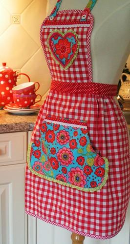 Сшить фартук для кухни своими руками фото