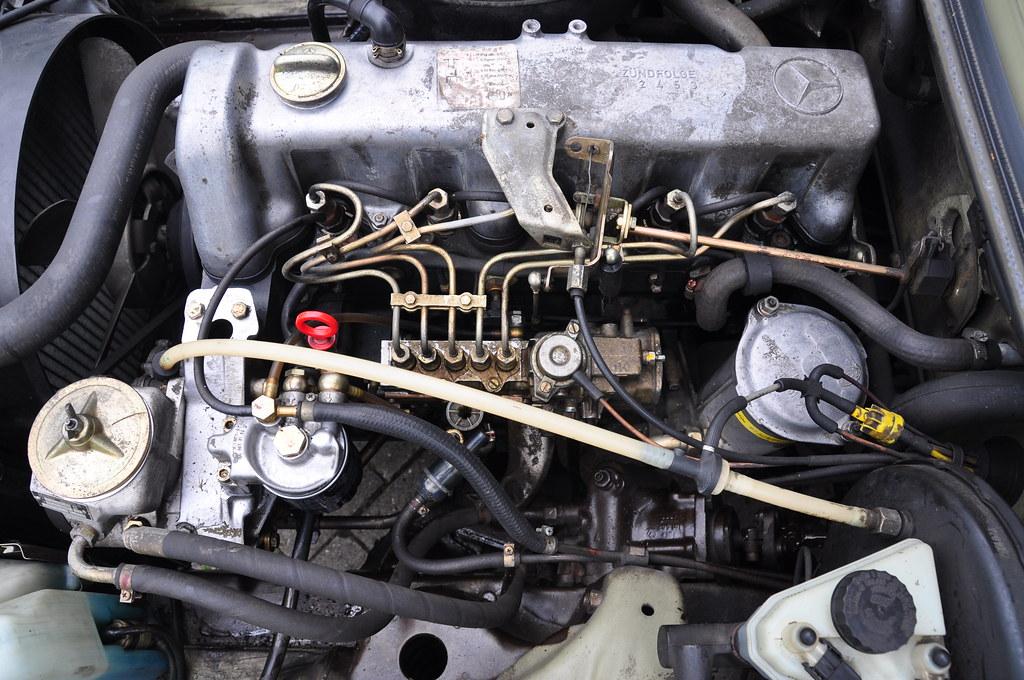 mercedes benz om617 diesel engine 3 liter displacement. Black Bedroom Furniture Sets. Home Design Ideas