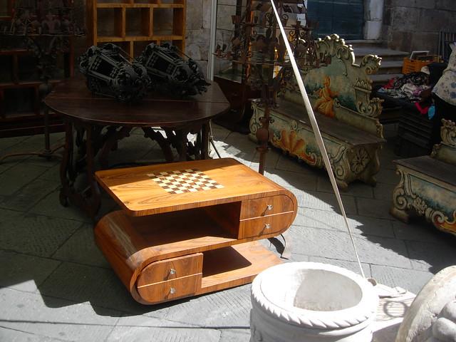 Lucca mercato dell 39 antiquariato scacchiera flickr for Mercato antiquariato lucca