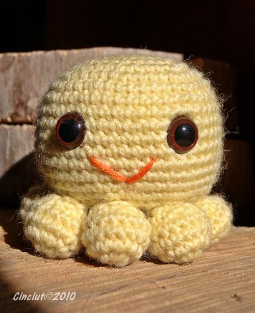 Amigurumi Octopus Anleitung : Amigurumi Octopus Original crochet pattern from the book ...