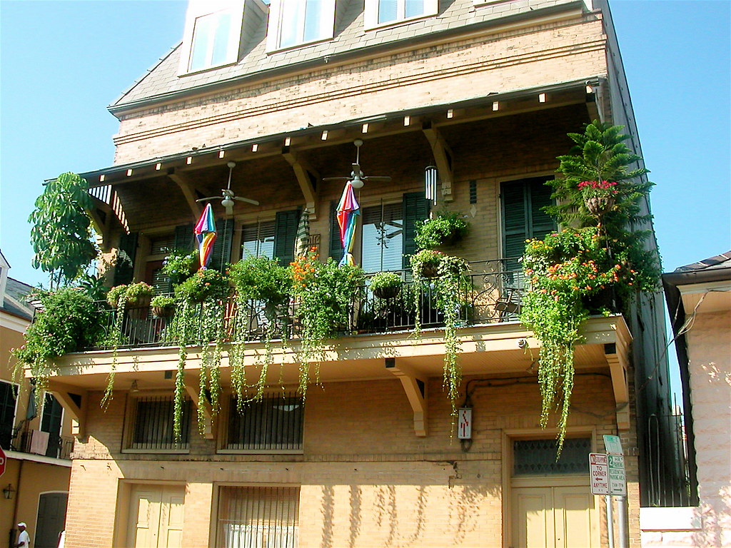 Balcony jpg balcony in the french quarter new orleans for Balcony french