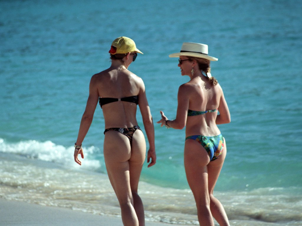 Thongs for the Memories! | Beautiful hot babes in thongs ...