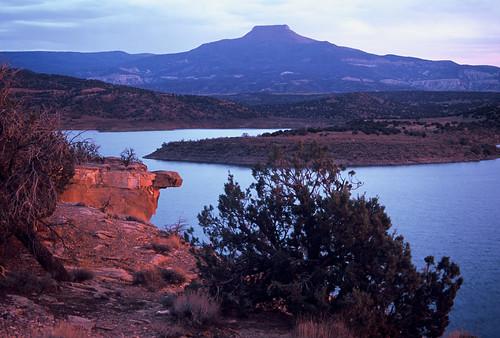 The Pedernal Abiquiu Reservoir New Mexico Nm Flickr