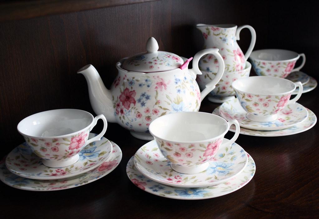 Tea set karol k flickr for Festive kitchen dallas