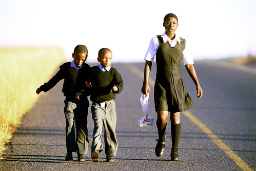 Children walking to school near Ulundi | by World Bank Photo Collection