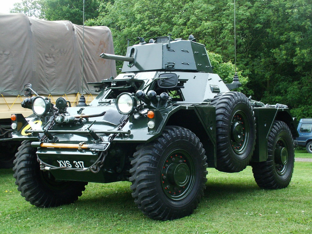 ferret scout car 1956 daimler ferret scout car 4 2l kenjonbro flickr. Black Bedroom Furniture Sets. Home Design Ideas