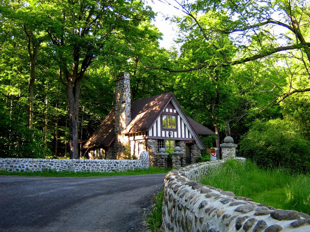 La maison murray l 39 entr e du parc du mont saint bruno for B b la maison st hubert