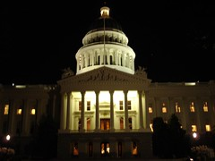 California State Capitol Building at night, Sacramento (DSC00242) | by Willscrlt