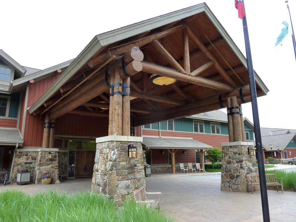 Mount magazine lodge entrance granger meador flickr for Cabins near mount magazine