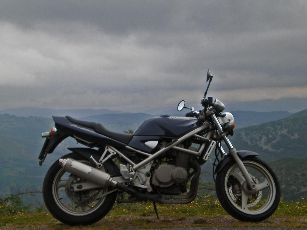 Suzuki Bandit 400 GSF See Where This Picture Was Taken