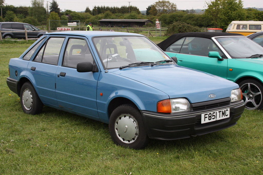 1989 Ford Escort - Ford Images