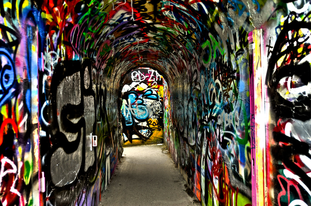 New Runner >> Graffiti art Zurich | Swissrock | Flickr