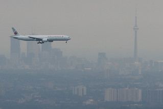 Toronto Boeing 777 | by Tom Podolec