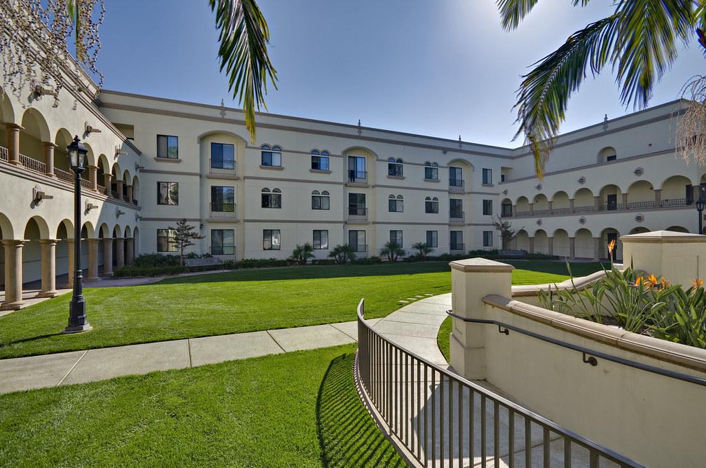 San Diego University Apartments