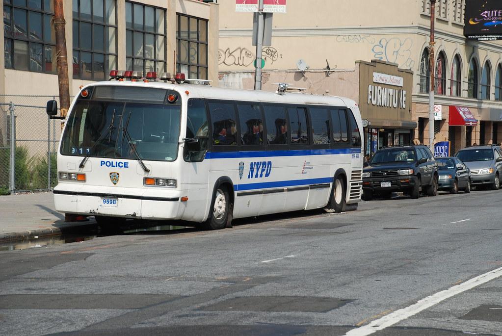 Nypd Transit Bureau Rts Bus Triborough Flickr