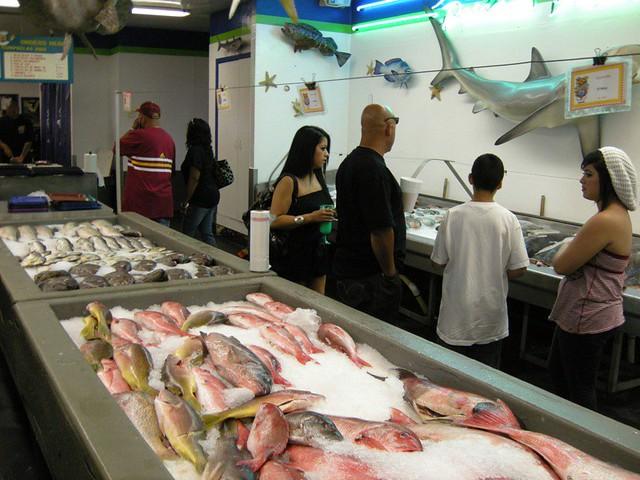 Umamiventure 26 san pedro fish market la flickr for San pedro fish market and restaurant