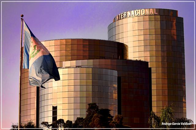 Banco internacional ciudad de guatemala flickr photo for Banco internacional