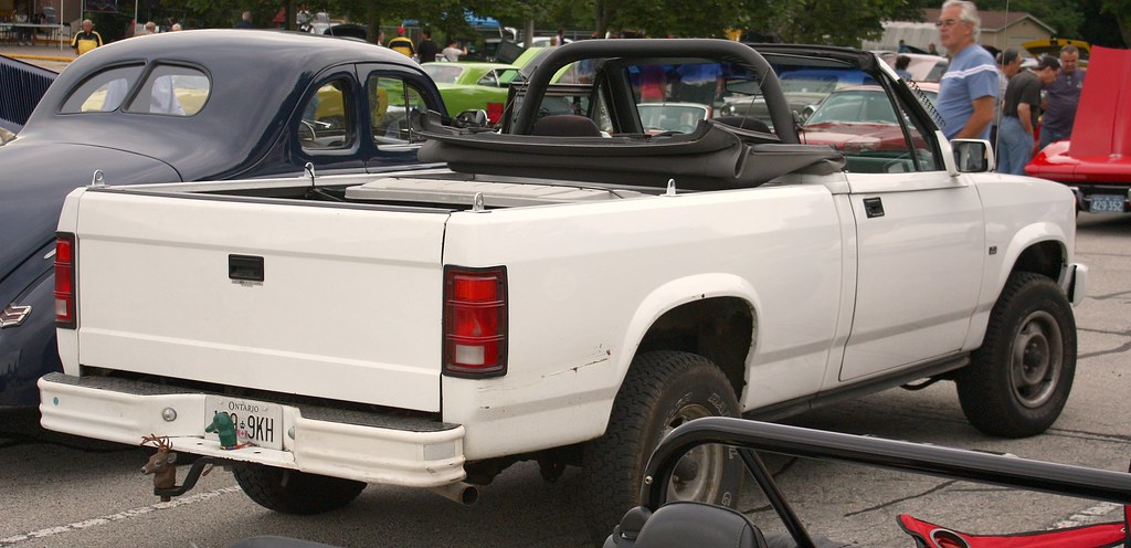F Fcabd B on Dodge Dakota Convertible 1990