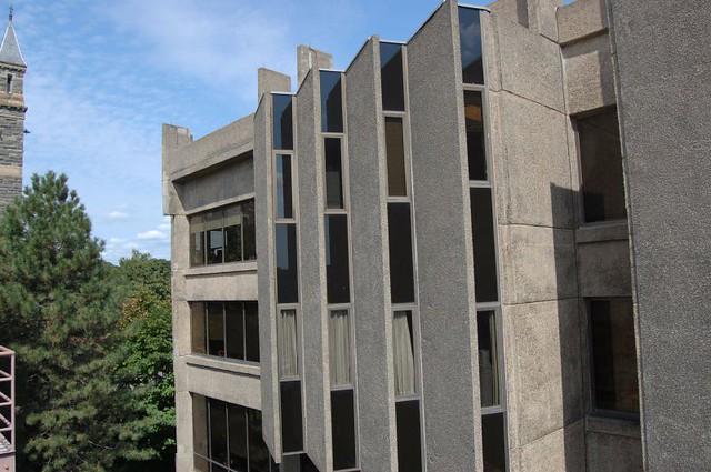 Lauinger Library, Georgetown University | Flickr
