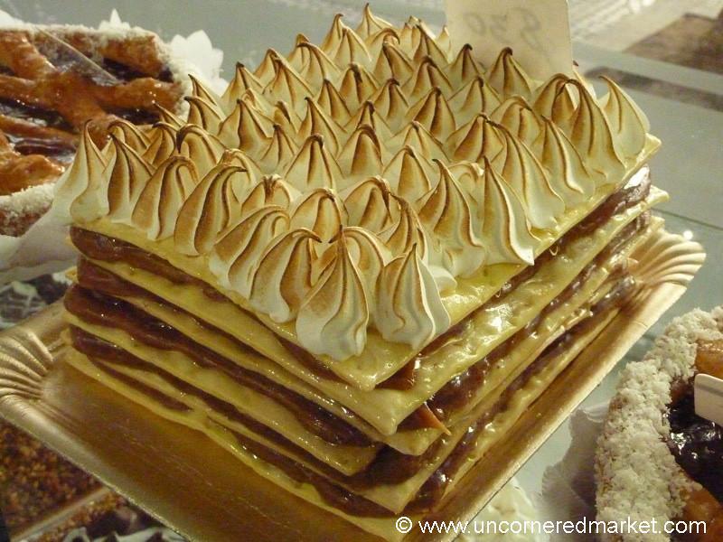 Decadent dessert buenos aires argentina a dessert for Argentina cuisine