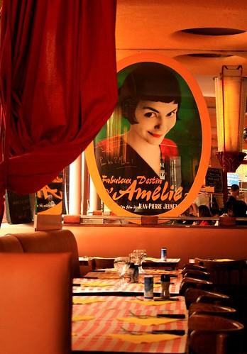 Cafe Les Deux Moulins Paris