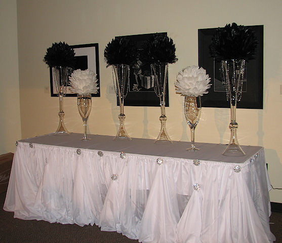 Feather ball table centerpiece decorations a new concept