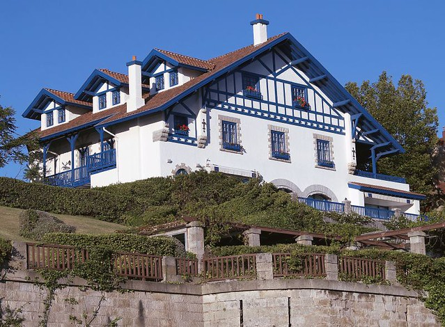No es mi casa it isn t my house debe ser la casa de un - La casa de mi tresillo ...