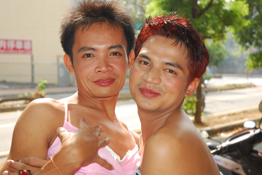 Free dating ladyboys free