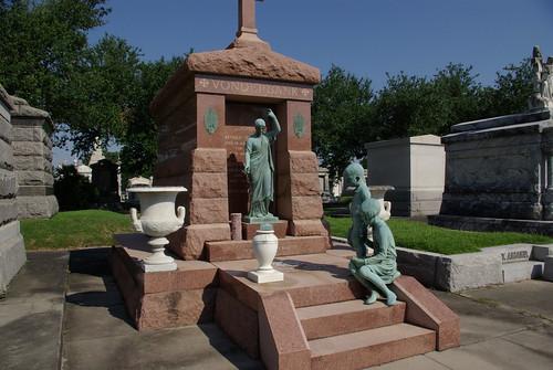 Lakelawn Funeral Home