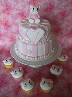 Hello Kitty Cake and Cupcakes | by Sweetcheeks Cookies and Cakes - Danielle