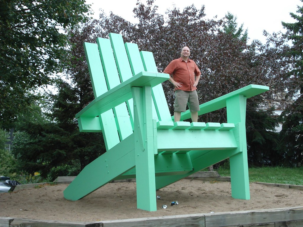 """World's Largest"" Adirondack Chair | Saint Paul, Minnesota ..."