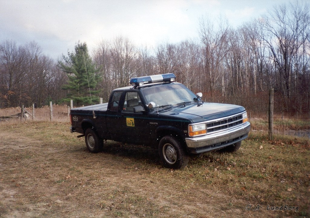 MI DNR Park Ranger Trucks | Patrol Trucks lined up | Flickr