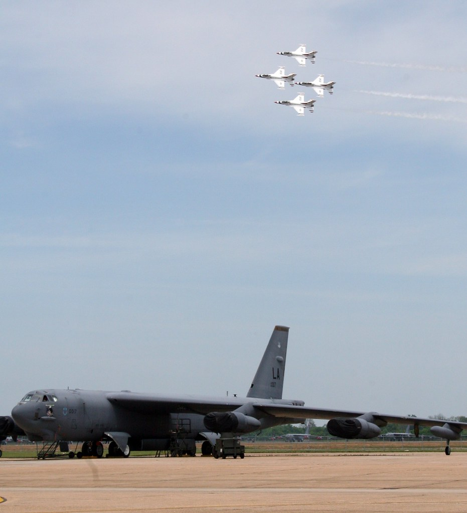 """Boeing B 52 Stratofortress Of The U S Air Force History: Boeing B-52H Stratofortress BUFF 60-017 """"Peace Maker"""""""