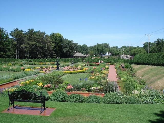 Munsinger Clemens Gardens St Cloud Minnesota In July 2 Flickr