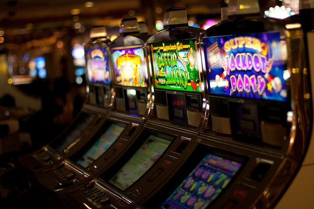 Slot machine finder las vegas