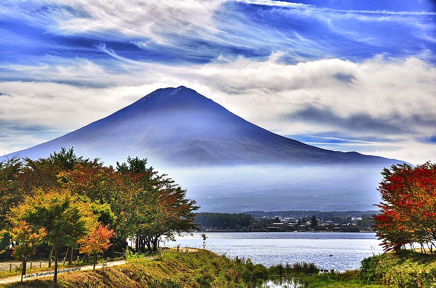 Mount Fuji and Kawaguchi lake | An aggressive HDR of 3 ...