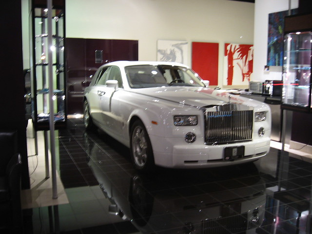 rolls royce store explore broken thoughts 39 photos on