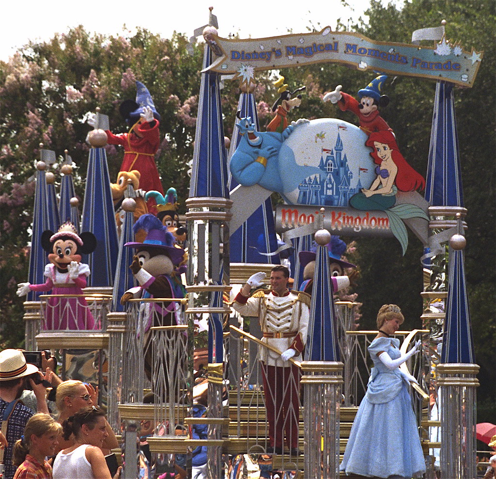 Disney S Magical Moments Parade Magic Kingdom Walt