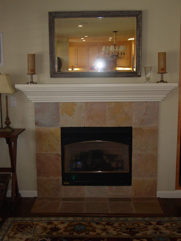 Gas Fireplace Were Putting A Flat Screen Tv Over It Laura Hamilton Flickr