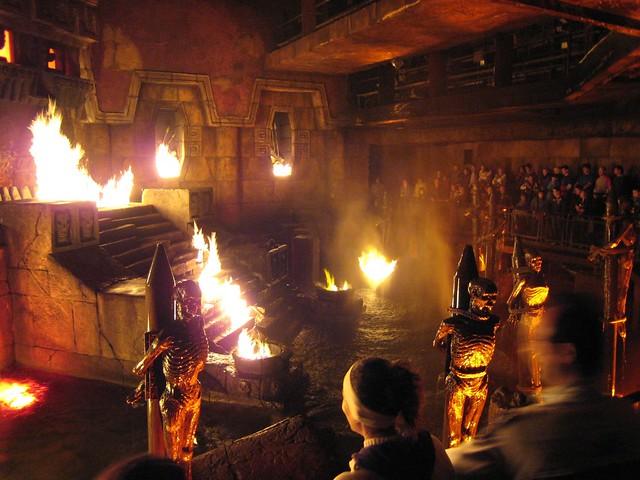 Templo Del Fuego Port Aventura Matteoago Flickr